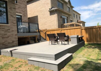deck builder Mississauga